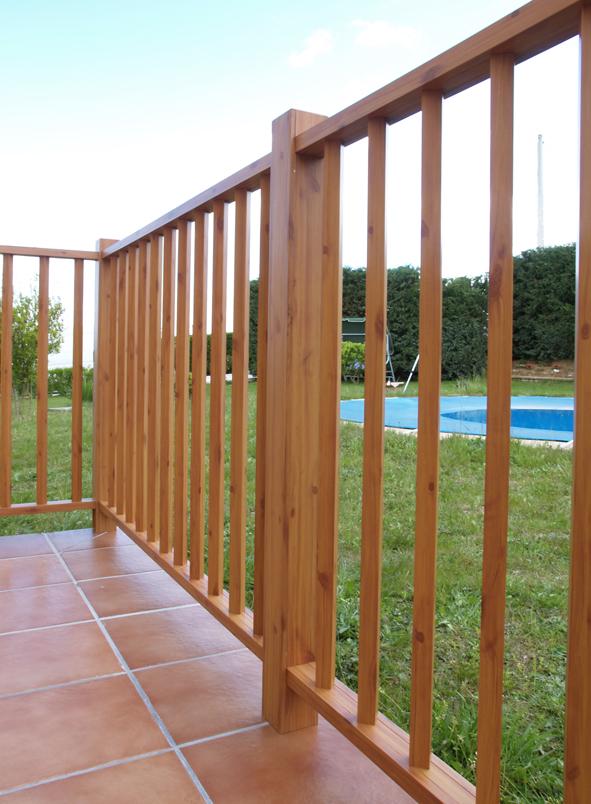 Balcones de hierro barandillas rejas de hierro - Barandilla madera exterior ...